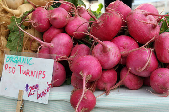 A Purple Theme at the San Rafael Farmer's Market: gallery image 4