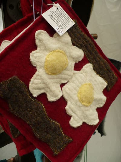 Handmade Recycled Potholders: Fat Tomato Designs: gallery image 1