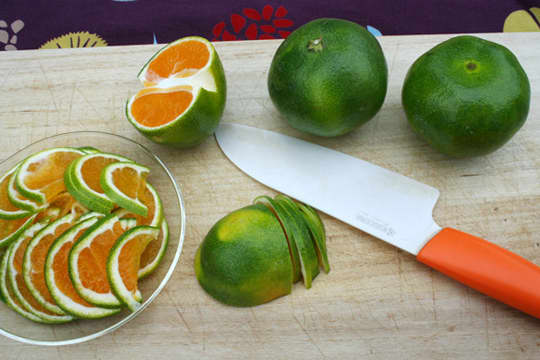 A Roundup Of Some Japanese Citrus Fruit: gallery image 1