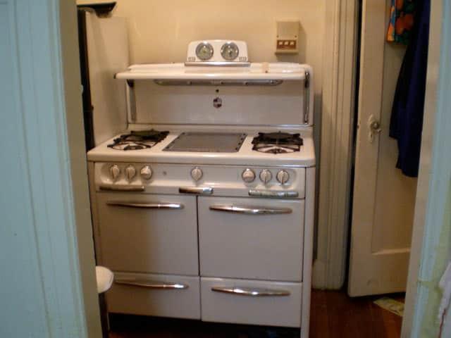 Kitchen Tour: Tamar's Labor of Love Renovation: gallery image 9