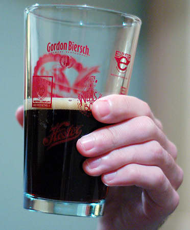 Brewing Beer at Home: Tasting the Homebrew Beer Sessions: gallery image 4