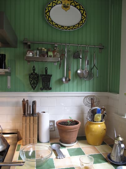 Bright & Lovely: 25 Kitchen Tours from 2009: gallery image 20