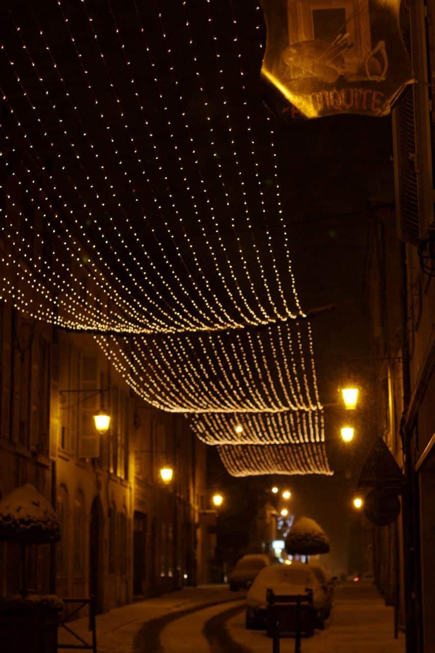 A Christmas in Burgundy: gallery image 3