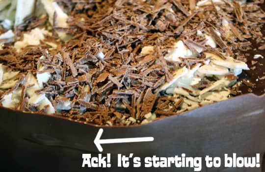 How To Make A Chocolate Cake Collar: gallery image 10