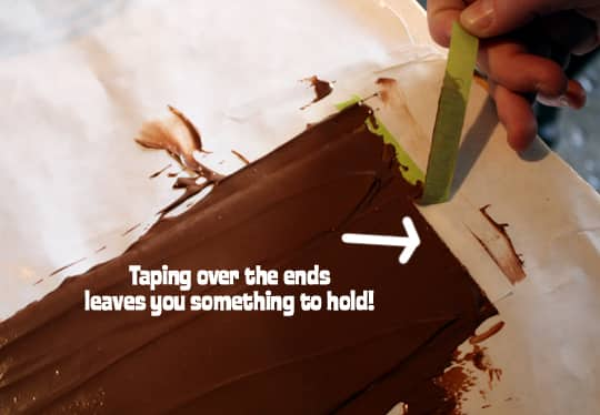 How To Make A Chocolate Cake Collar: gallery image 5