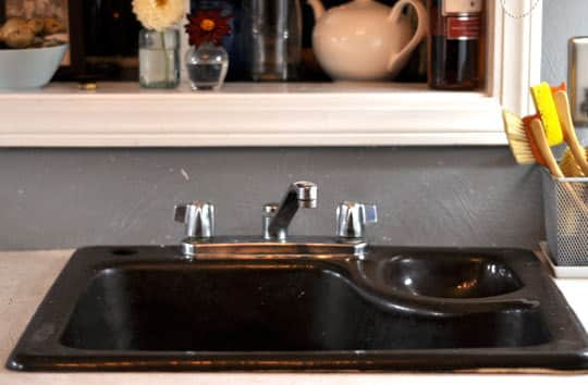 How To Replace a Kitchen Faucet: gallery image 17