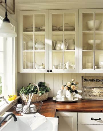 Kitchen Gallery: Bright White + Warm Wood: gallery image 7