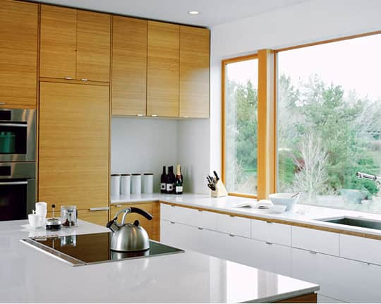 Kitchen Gallery: Bright White + Warm Wood: gallery image 8
