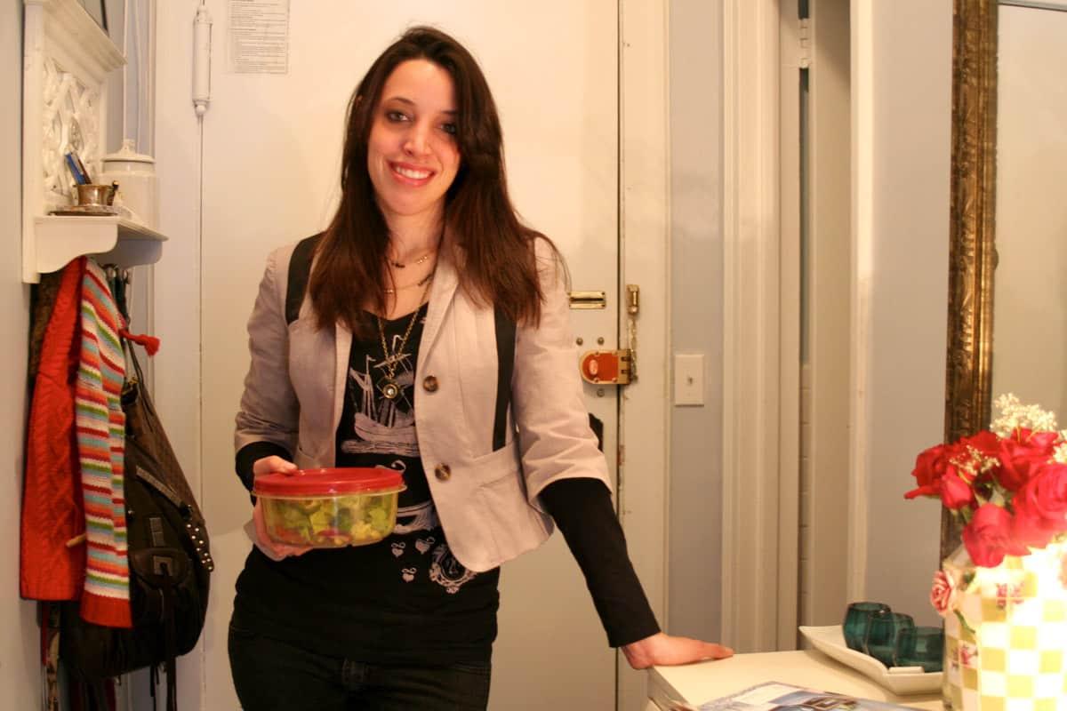 Kitchen Tour: Lauren's First Solo Kitchen: gallery image 16