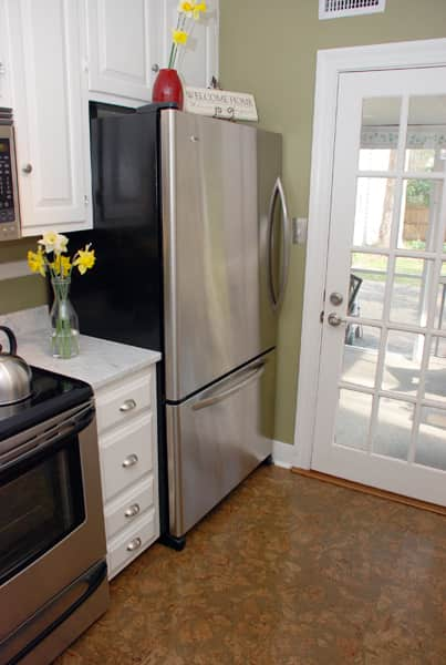 Kitchen Tour: Courtney and Andy's Cottage Galley: gallery image 3
