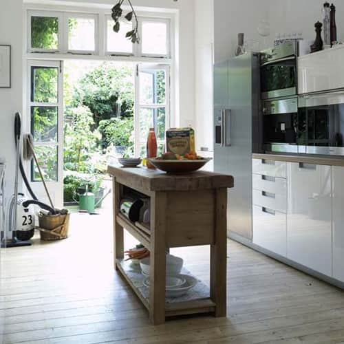 Kitchen Gallery: Bright White + Warm Wood: gallery image 6