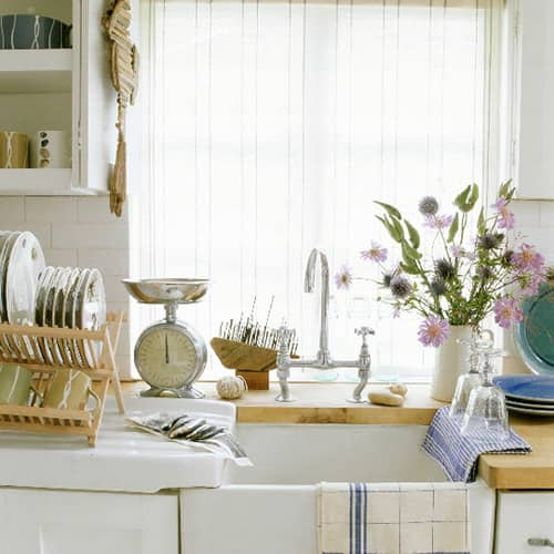 Kitchen Gallery: Bright White + Warm Wood: gallery image 3