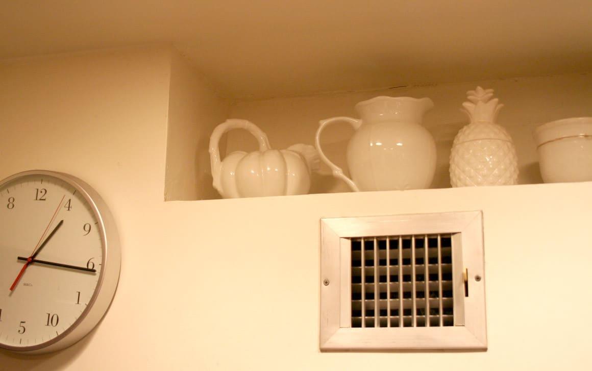 Kitchen Tour: Debbie's Subversive Traditional Comfort: gallery image 7