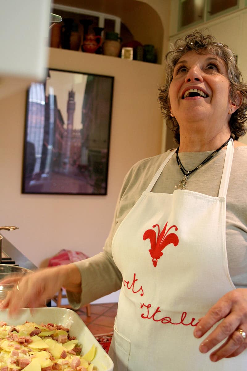 Kitchen Tour: Patricia's One-Stop Kitchen: gallery image 30
