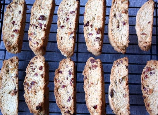 Recipe: Basic American Biscotti With Fruit & Green Tea: gallery image 1