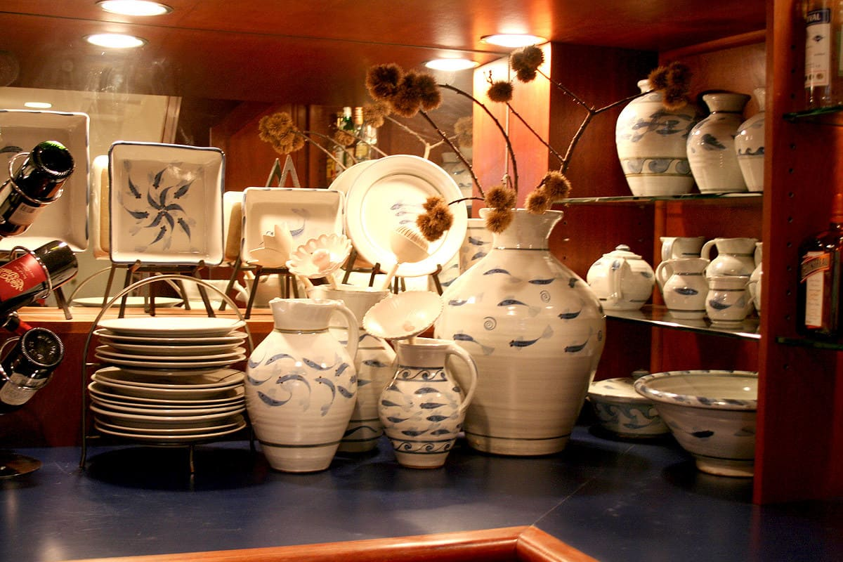 Kitchen Tour: Debbie's Subversive Traditional Comfort: gallery image 21