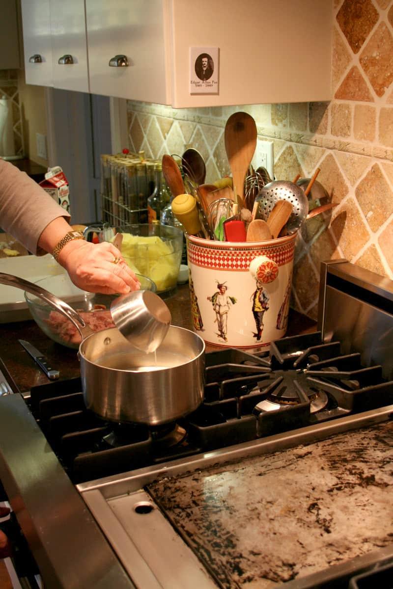 Kitchen Tour: Patricia's One-Stop Kitchen: gallery image 25