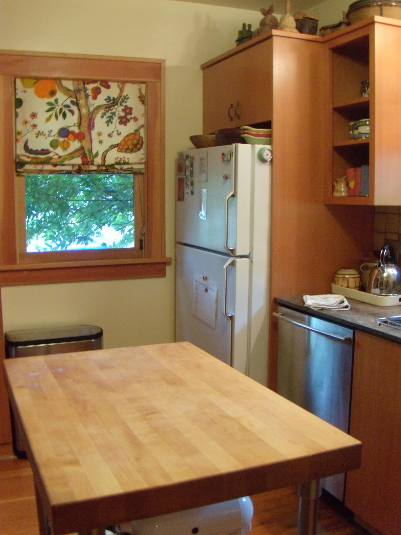 Tracy's Colorful Portland Bungalow Kitchen: gallery image 5
