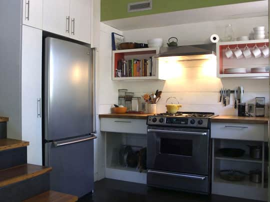 Cindy's Tiny Yet Complete Austin Kitchen: gallery image 1