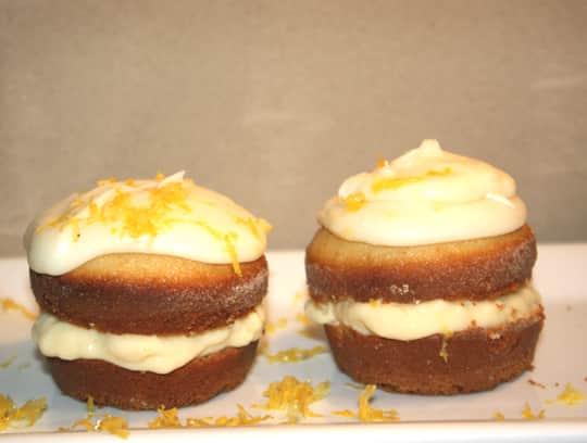 How To Make Lemon Cream Pie Cupcakes: gallery image 10
