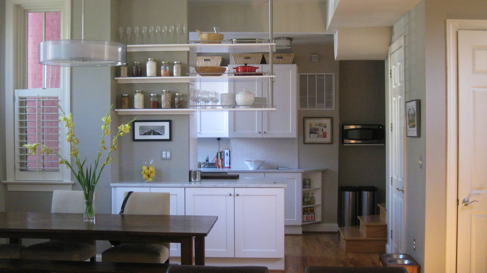 Lucy's Classic Yet Modern Kitchen in Washington D.C.: gallery image 1