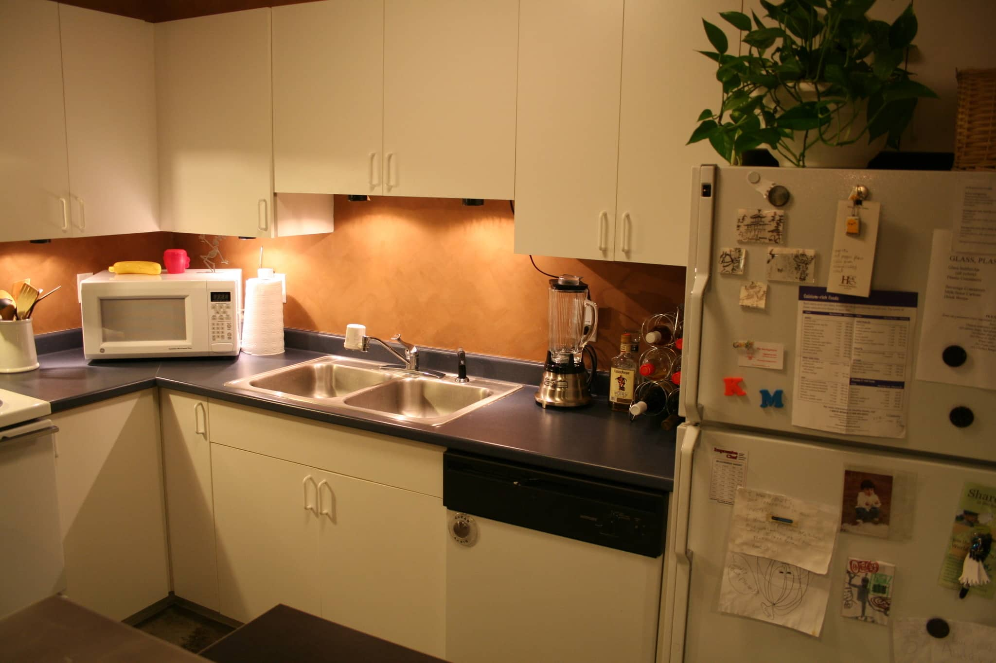 Kate's Creatively Renovated Rental Kitchen: gallery image 3