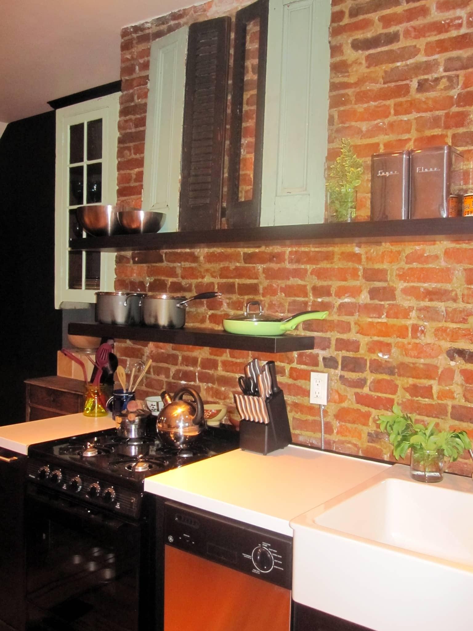 Helen's Eclectic Yet Calming Philadelphia Kitchen: gallery image 4