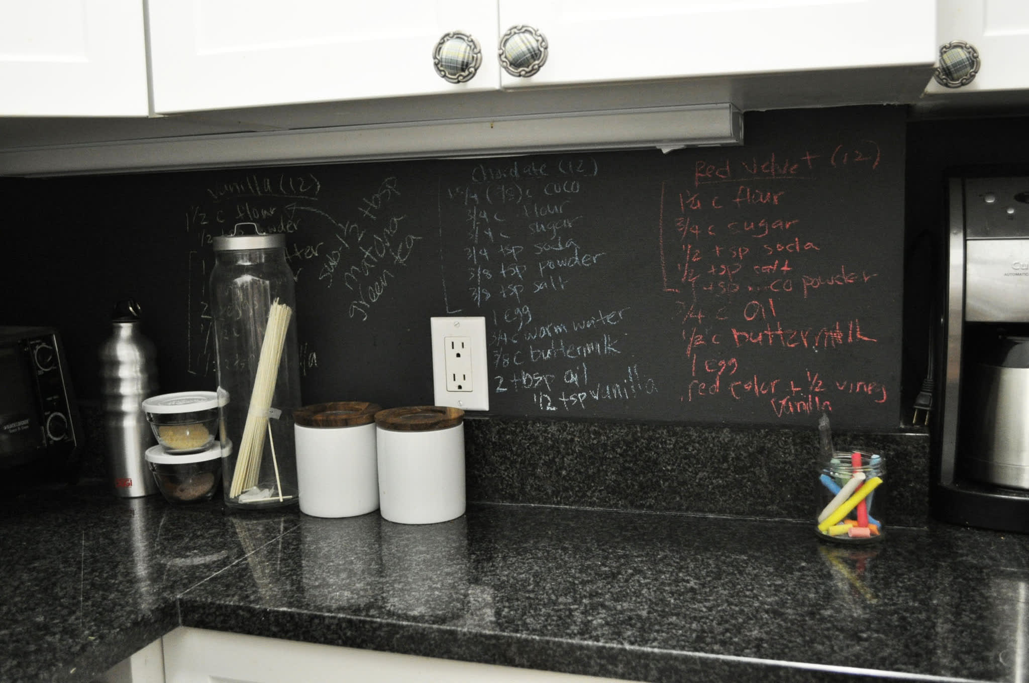 Kristin's Tiny Black and White New York Kitchen: gallery image 5
