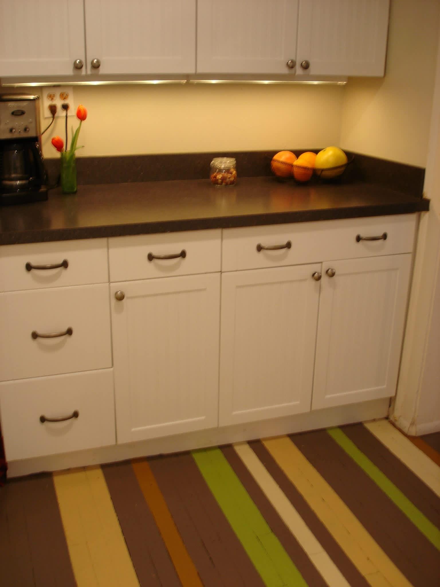 Alex's Cheery Chicago Kitchen: gallery image 4