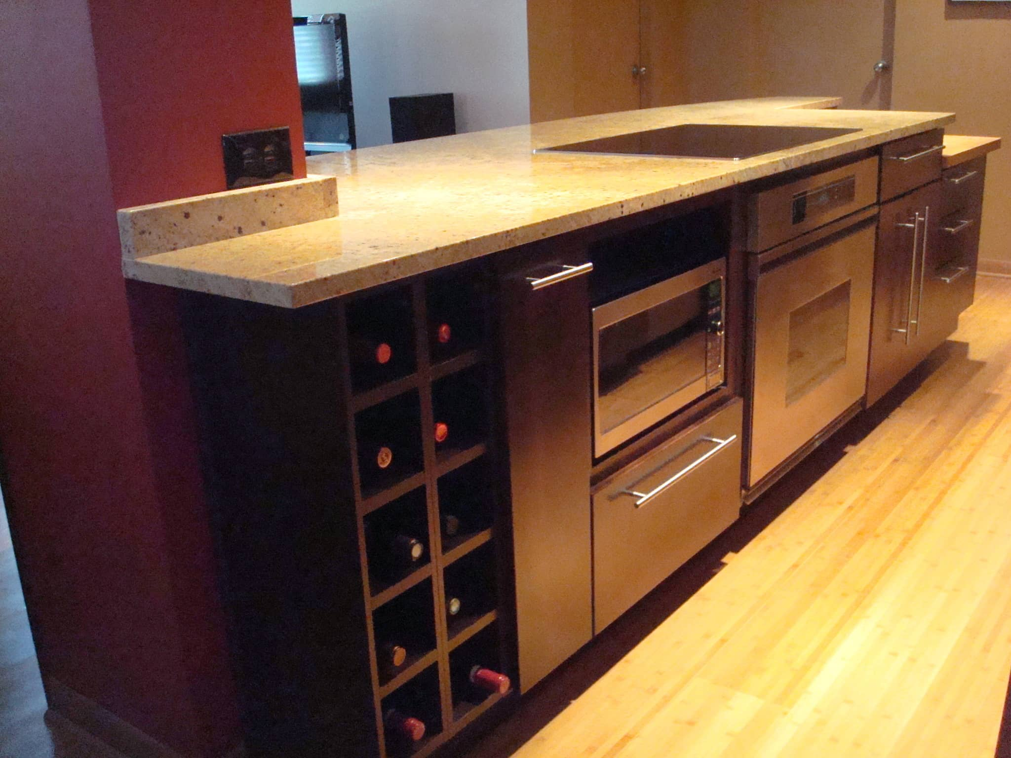 Cheryl's Customized Chicago Kitchen: gallery image 2