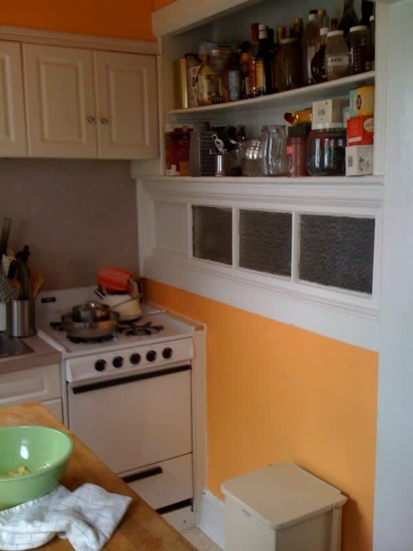 Ronna's Hospitable Brooklyn Kitchen for Four: gallery image 2