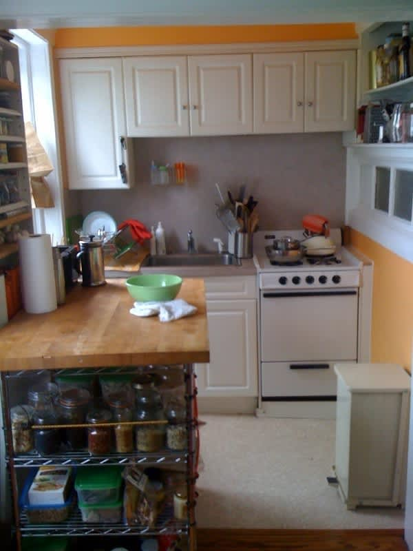 Ronna's Hospitable Brooklyn Kitchen for Four: gallery image 1