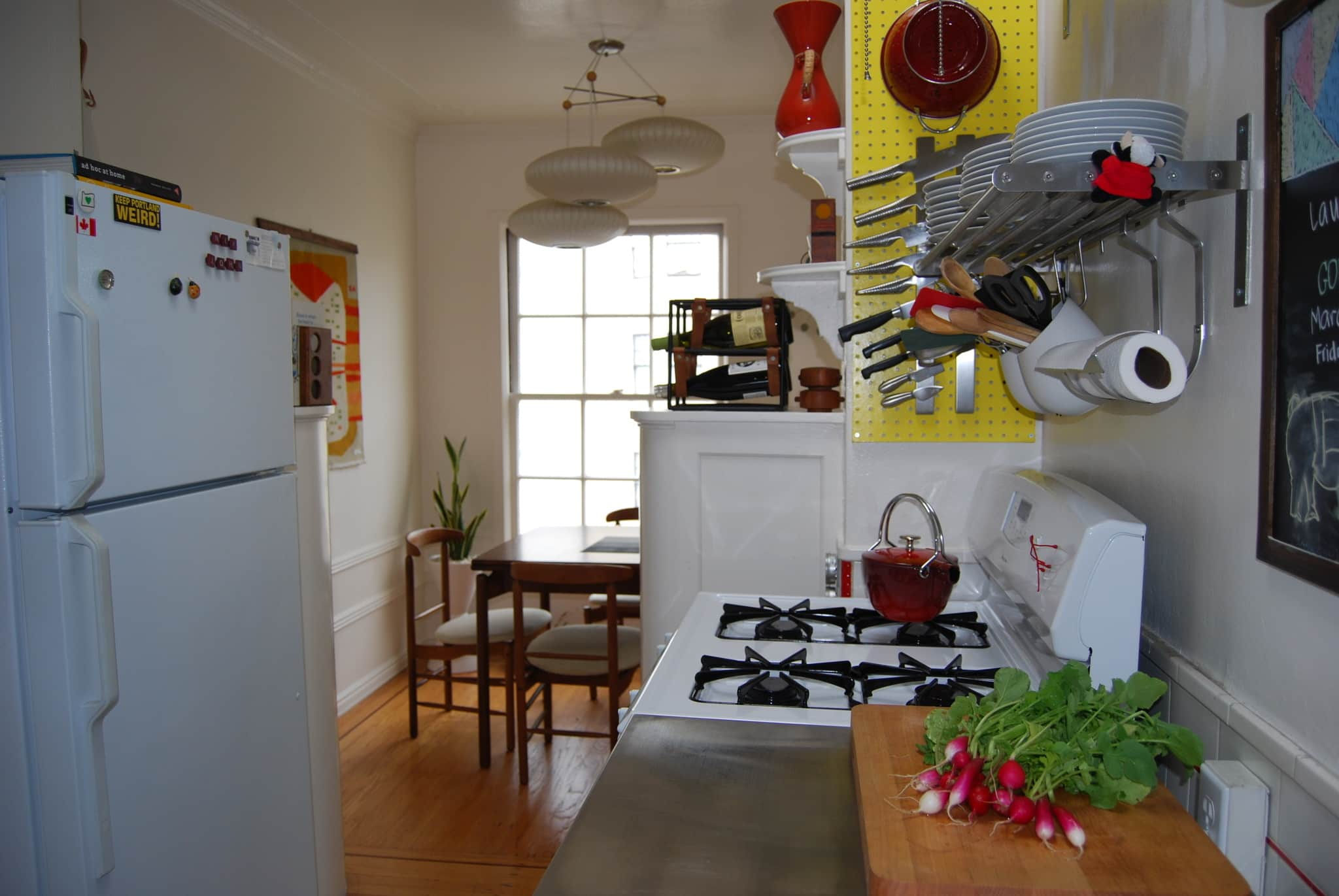 Nikki's San Francisco Kitchen with Character: gallery image 1