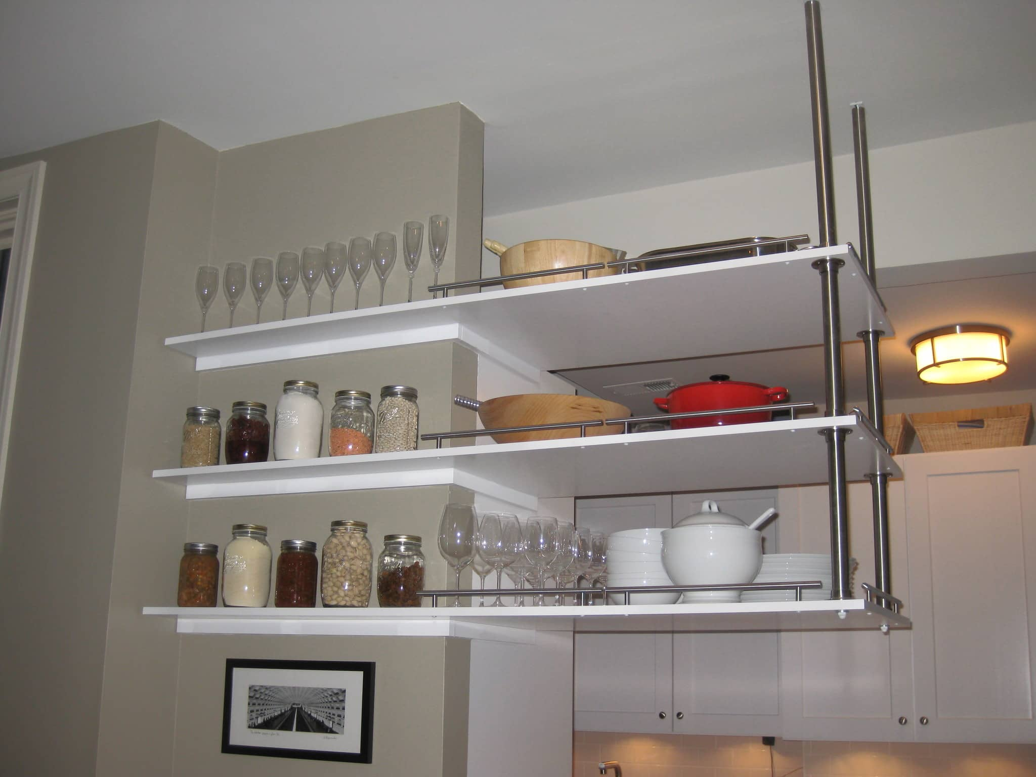 Lucy's Classic Yet Modern Kitchen in Washington D.C.: gallery image 4