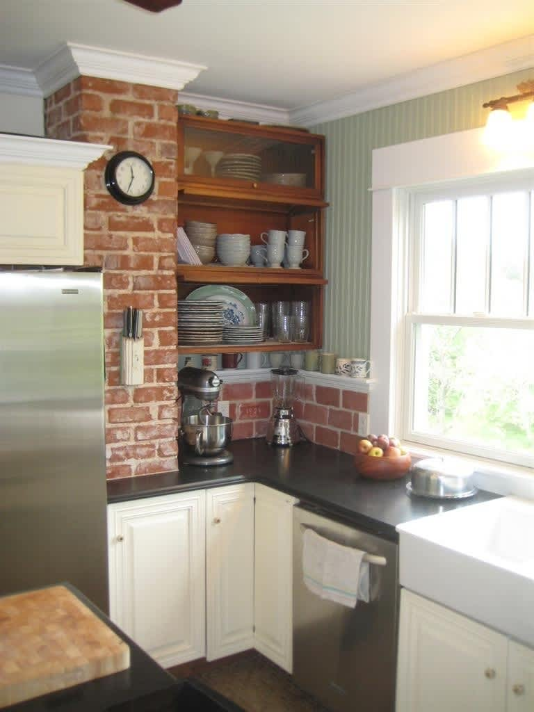 Joi's Cleverly Renovated Virginia Kitchen: gallery image 2