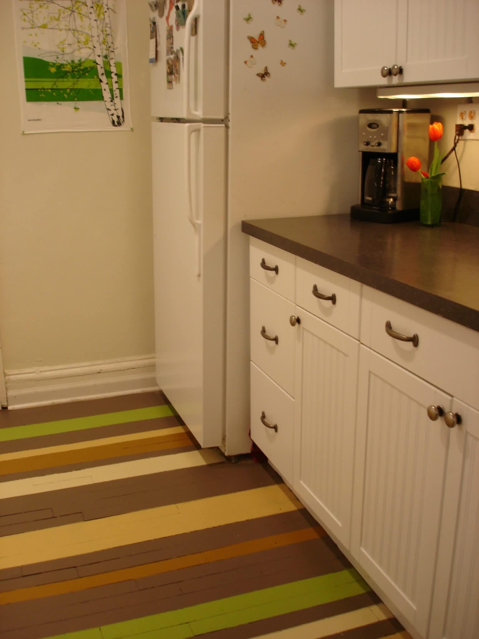 Alex's Cheery Chicago Kitchen: gallery image 3