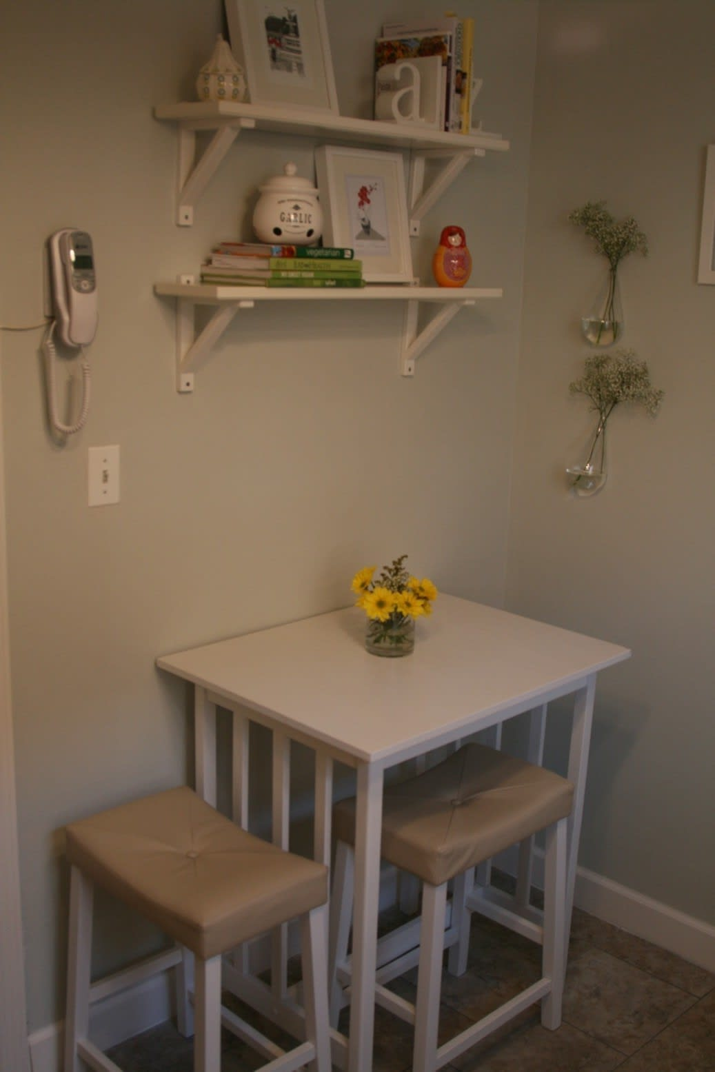 Valerie's Fresh and Updated Kew Gardens Kitchen: gallery image 3