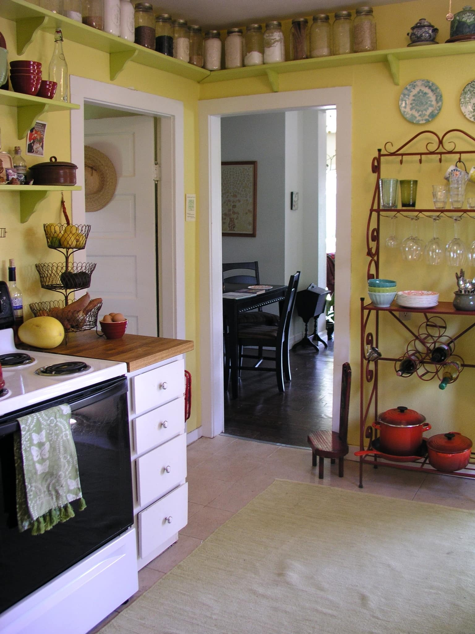 Ariana's Cheerful, Colorful Portland Kitchen: gallery image 1