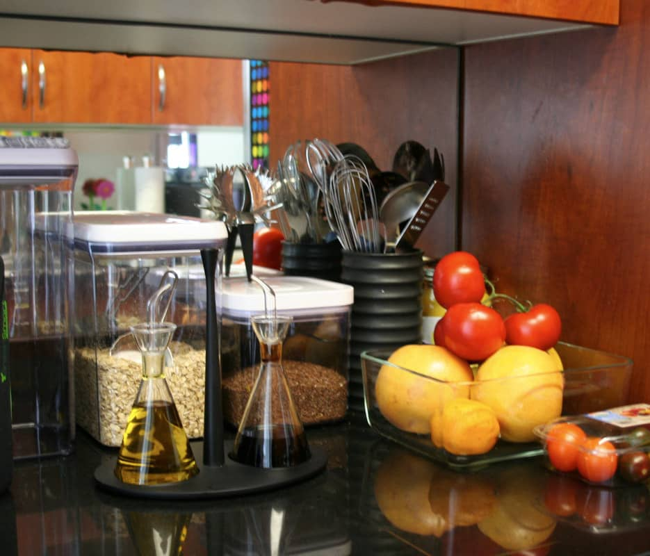 Kitchen Tour: Gillian's Stealthy but Colorful Kitchen: gallery image 8
