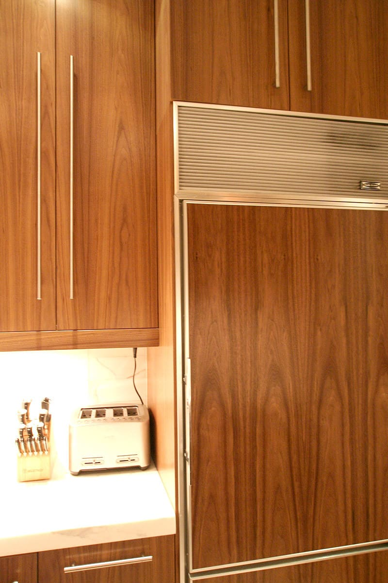 Kitchen Tour: Dale & Adam's Slick Exterior: gallery image 24