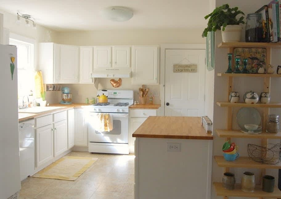 Before & After: Grandma's Kitchen Gets an IKEA Facelift: gallery image 1