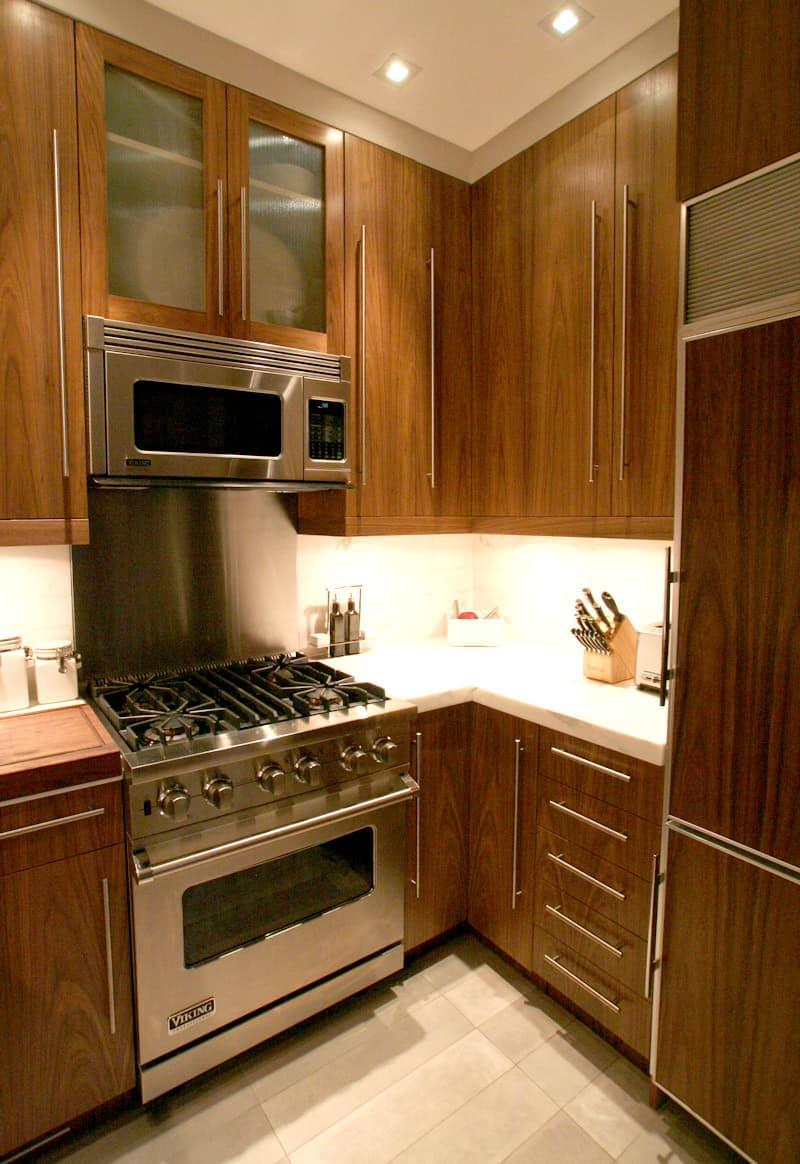 Kitchen Tour: Dale & Adam's Slick Exterior: gallery image 19