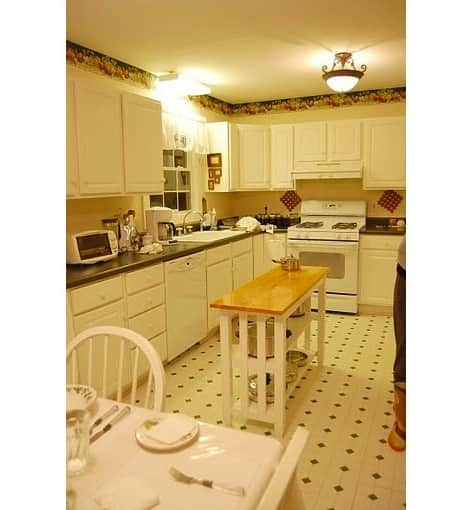 Before & After: Grandma's Kitchen Gets an IKEA Facelift: gallery image 2