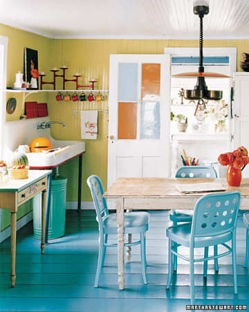 Inspiration: Coastal Kitchens and Dining Rooms: gallery image 6