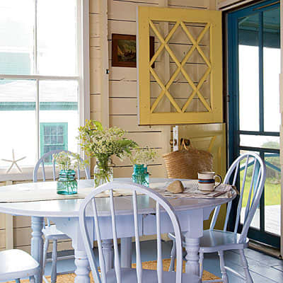 Inspiration: Coastal Kitchens and Dining Rooms: gallery image 5