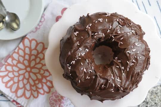 Surprisingly Quick Root Beer Chocolate Bundt Cake: gallery image 5