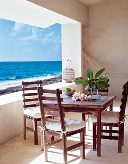 Inspiration: Coastal Kitchens and Dining Rooms: gallery image 10
