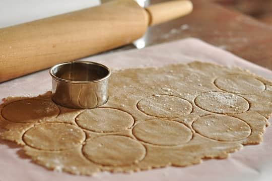 How To Make Mallomar Cookies at Home: gallery image 2
