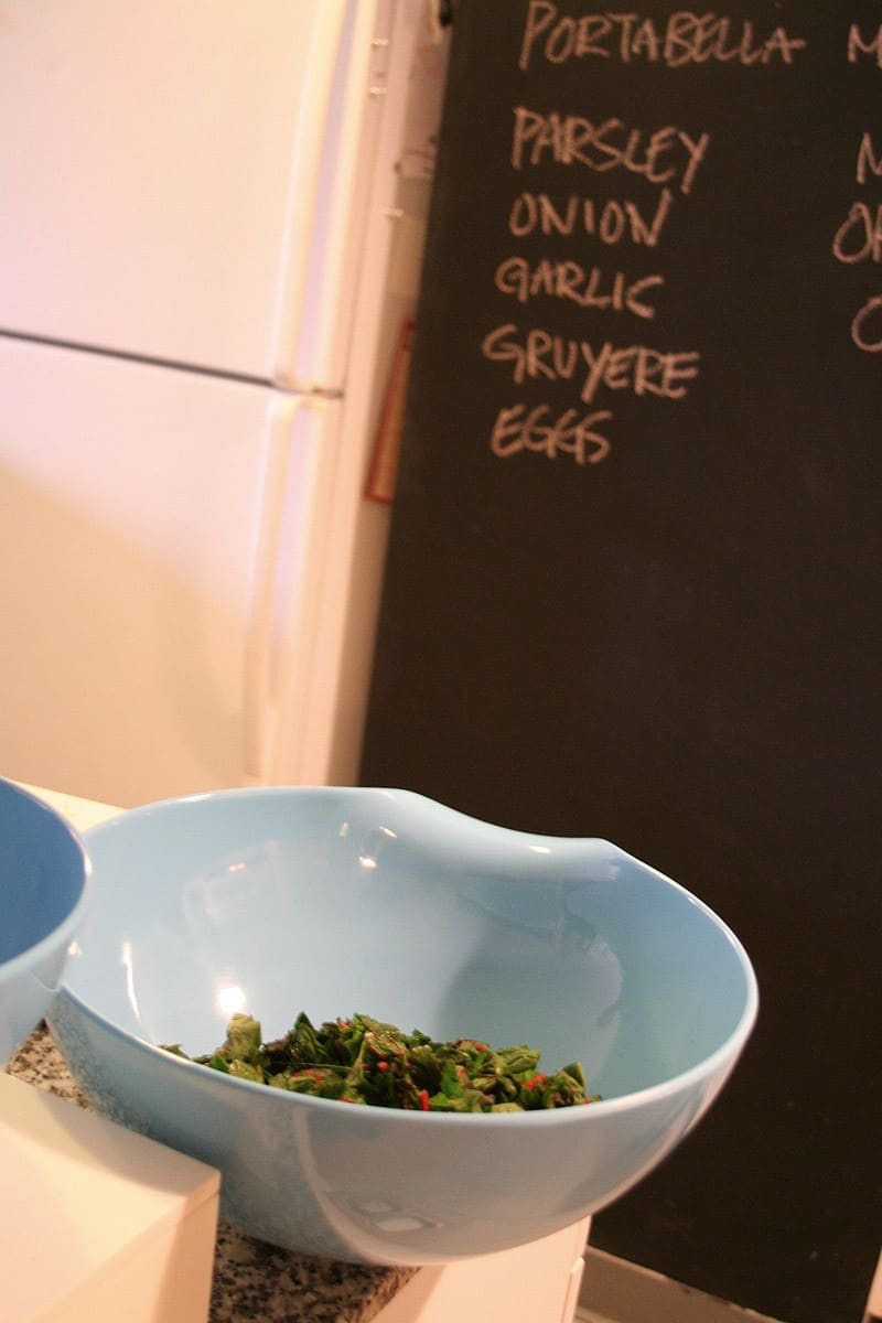 Kitchen Tour: Sveta Cooks with Zest and Precision: gallery image 11