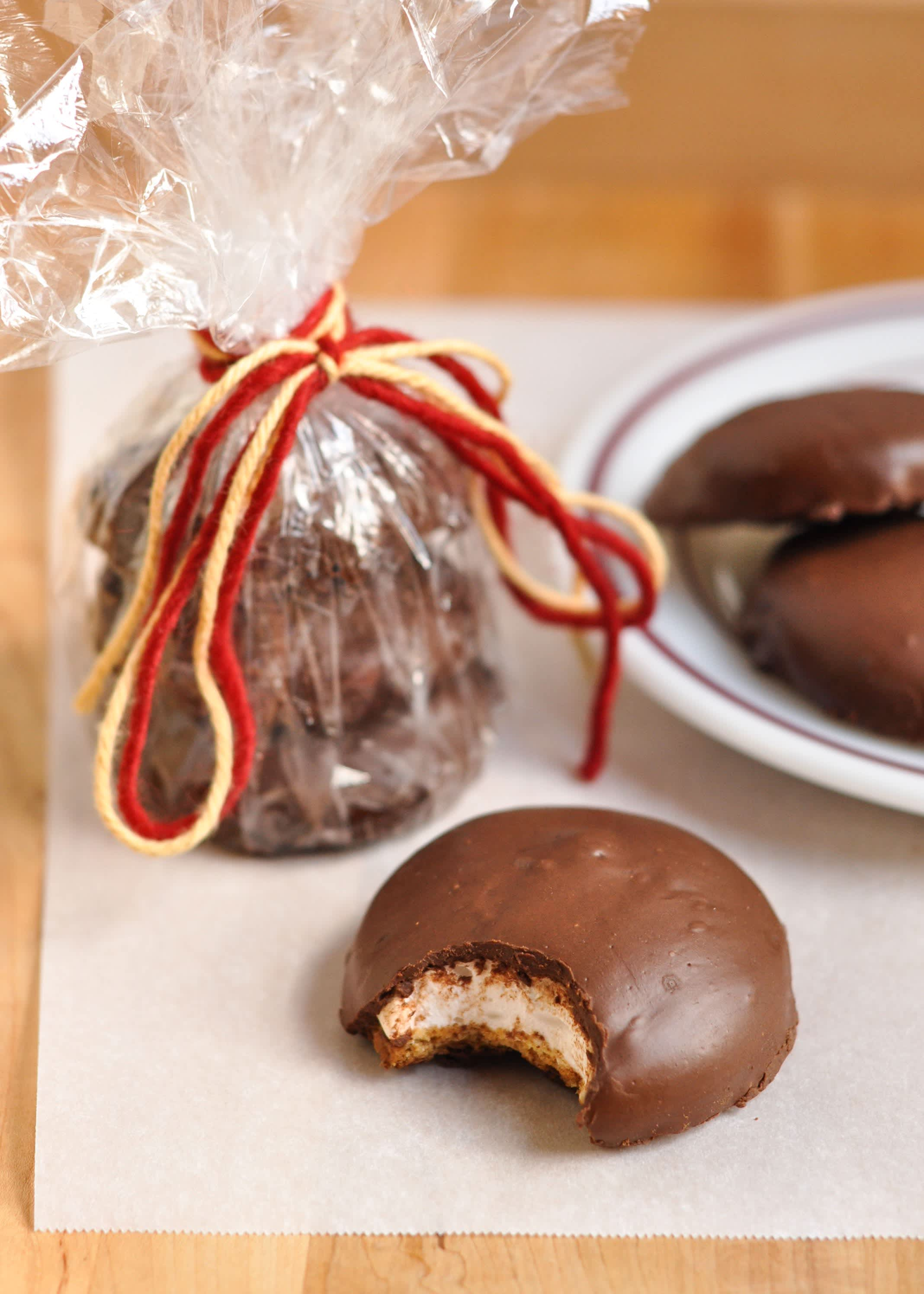 How To Make Mallomar Cookies at Home: gallery image 1